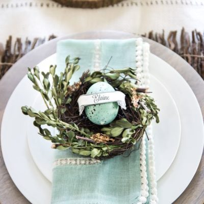 Easter tablescape inspiration on this round of Good Friday, Friday Finds!