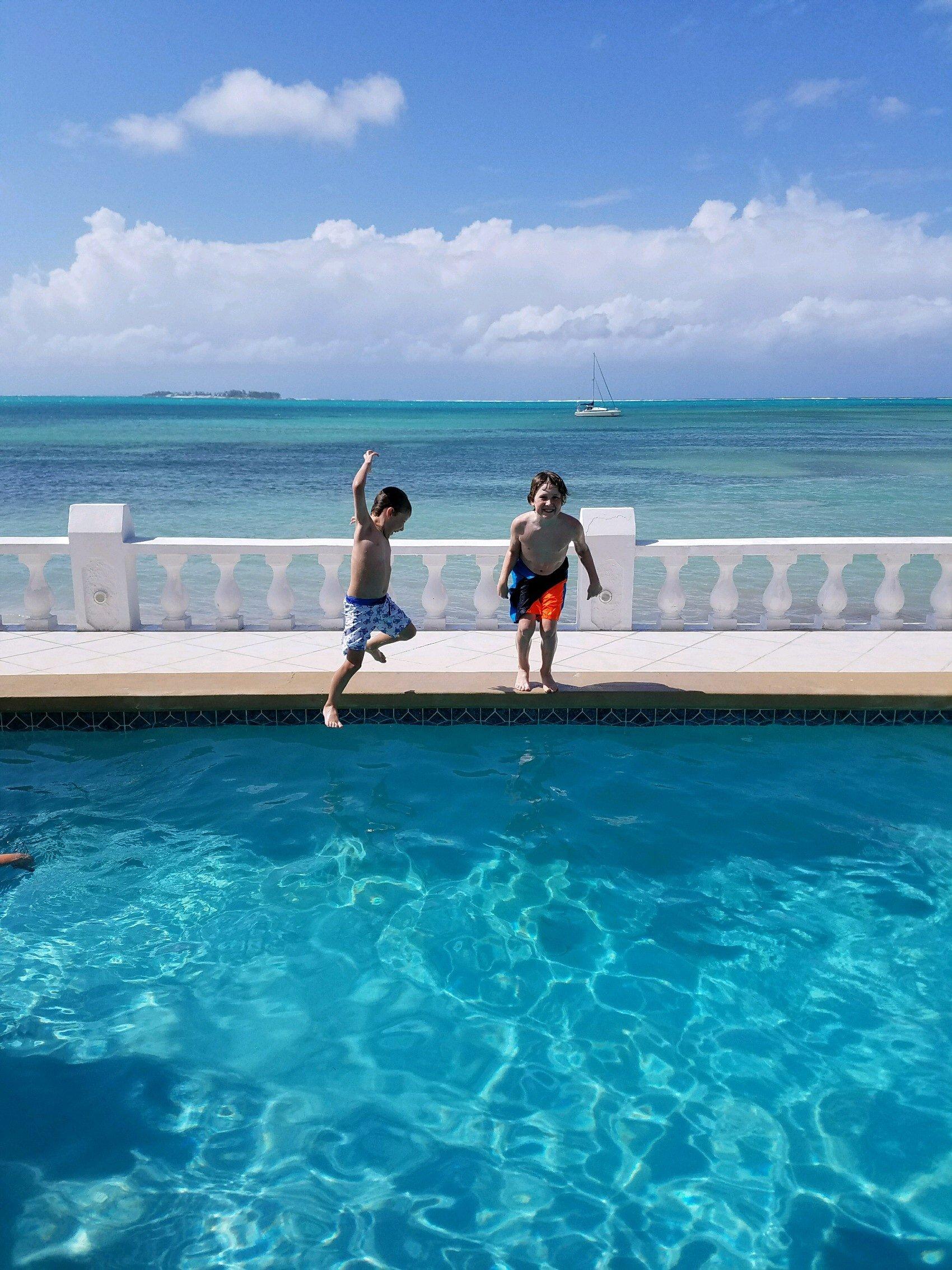 Bahamas boys jump