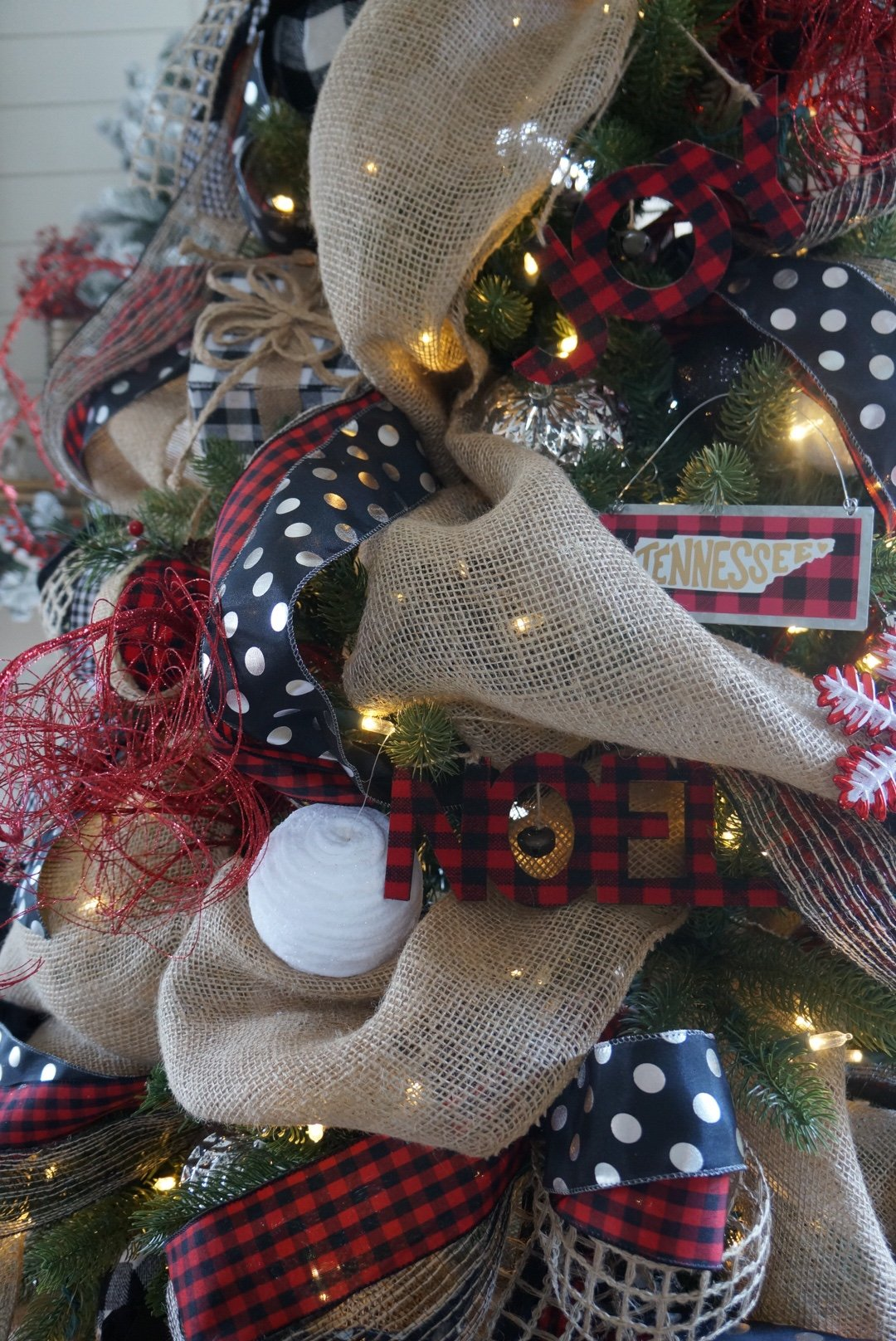 buffalo check christmas decor living room christmas tree how to decorate a tree - Buffalo Check Christmas Decor