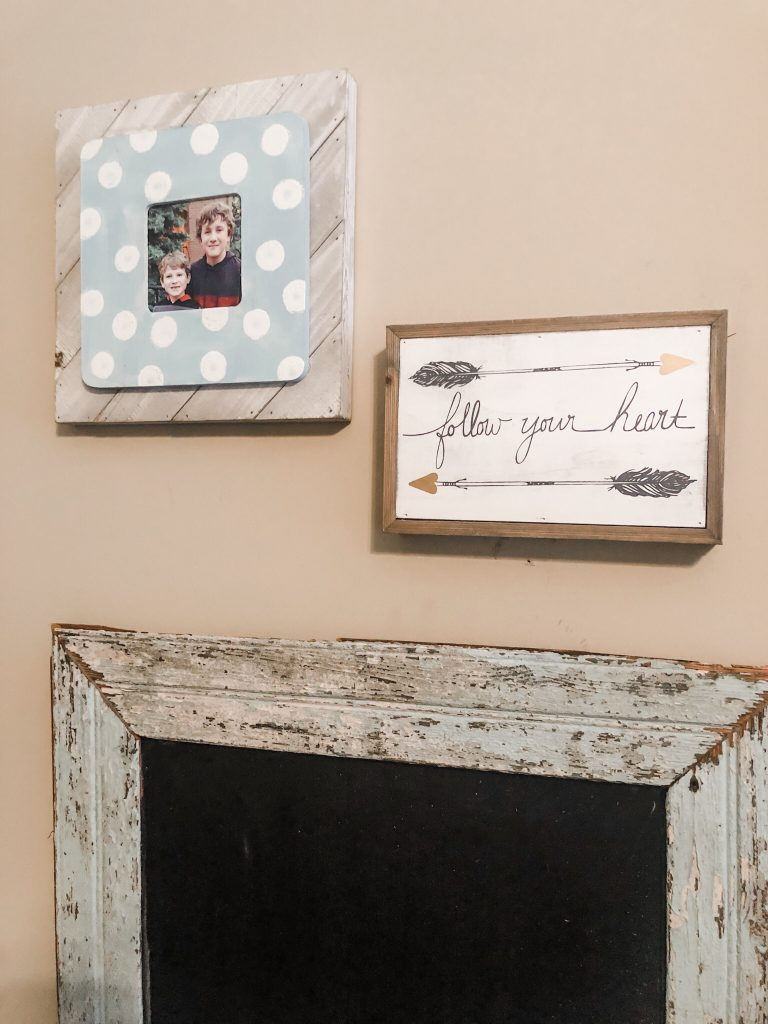 Easy DIY polka dot picture frame using walmart supplies