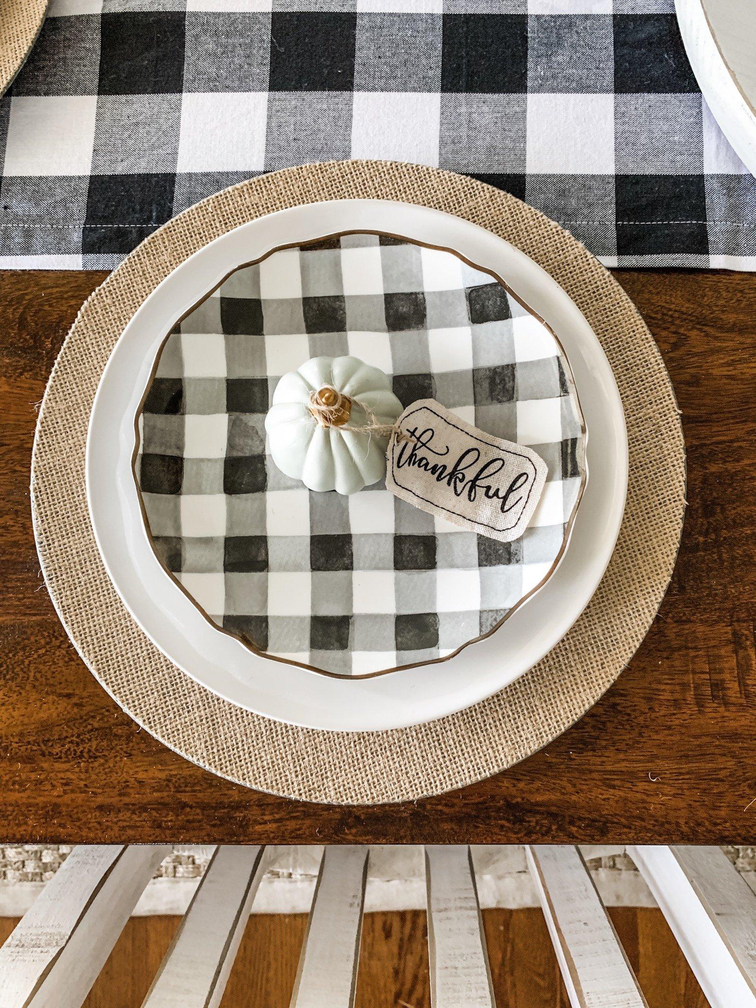 Simple fall table setting using buffalo check