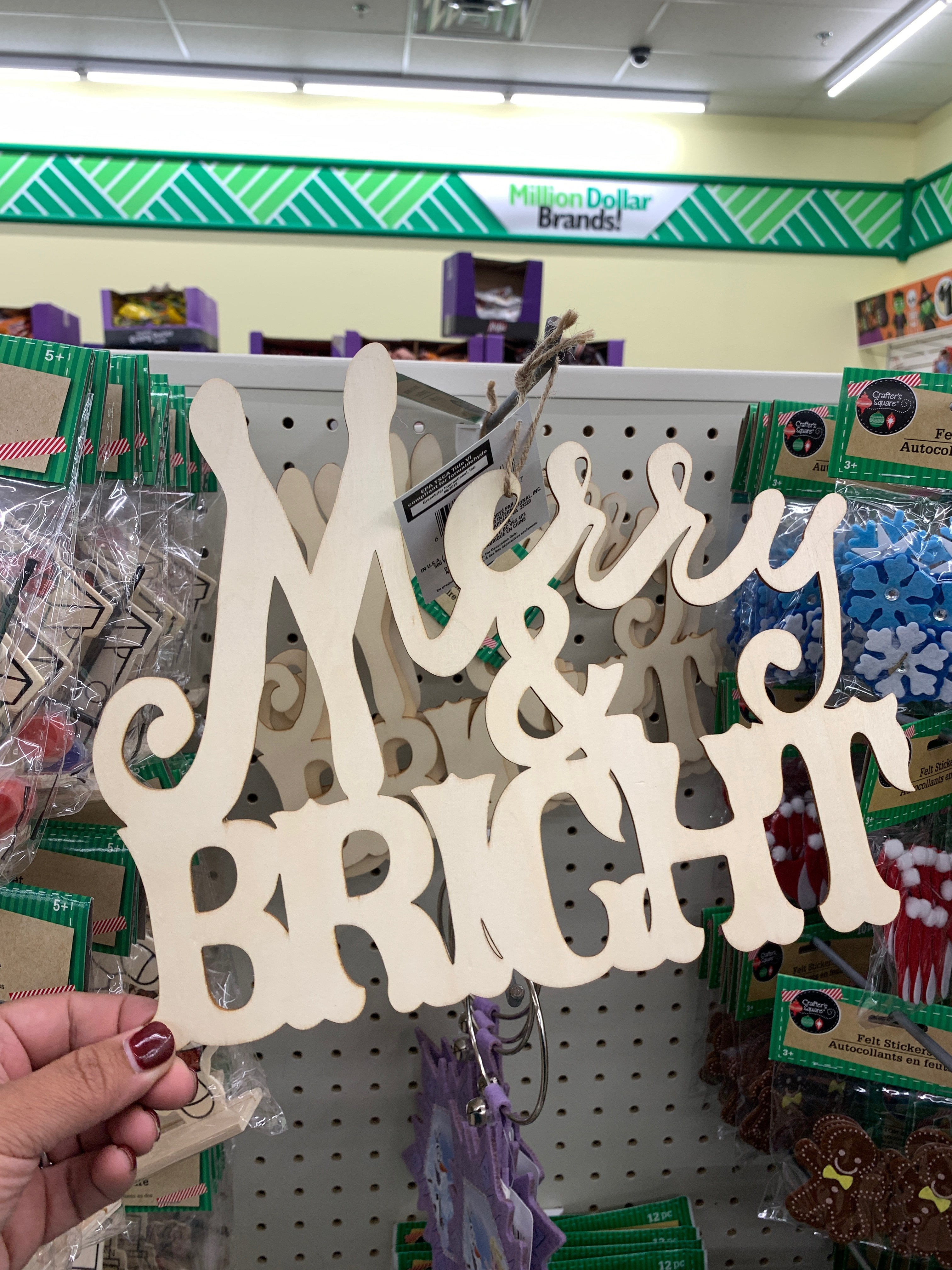 10 Best Dollar Tree Christmas Craft items this year!