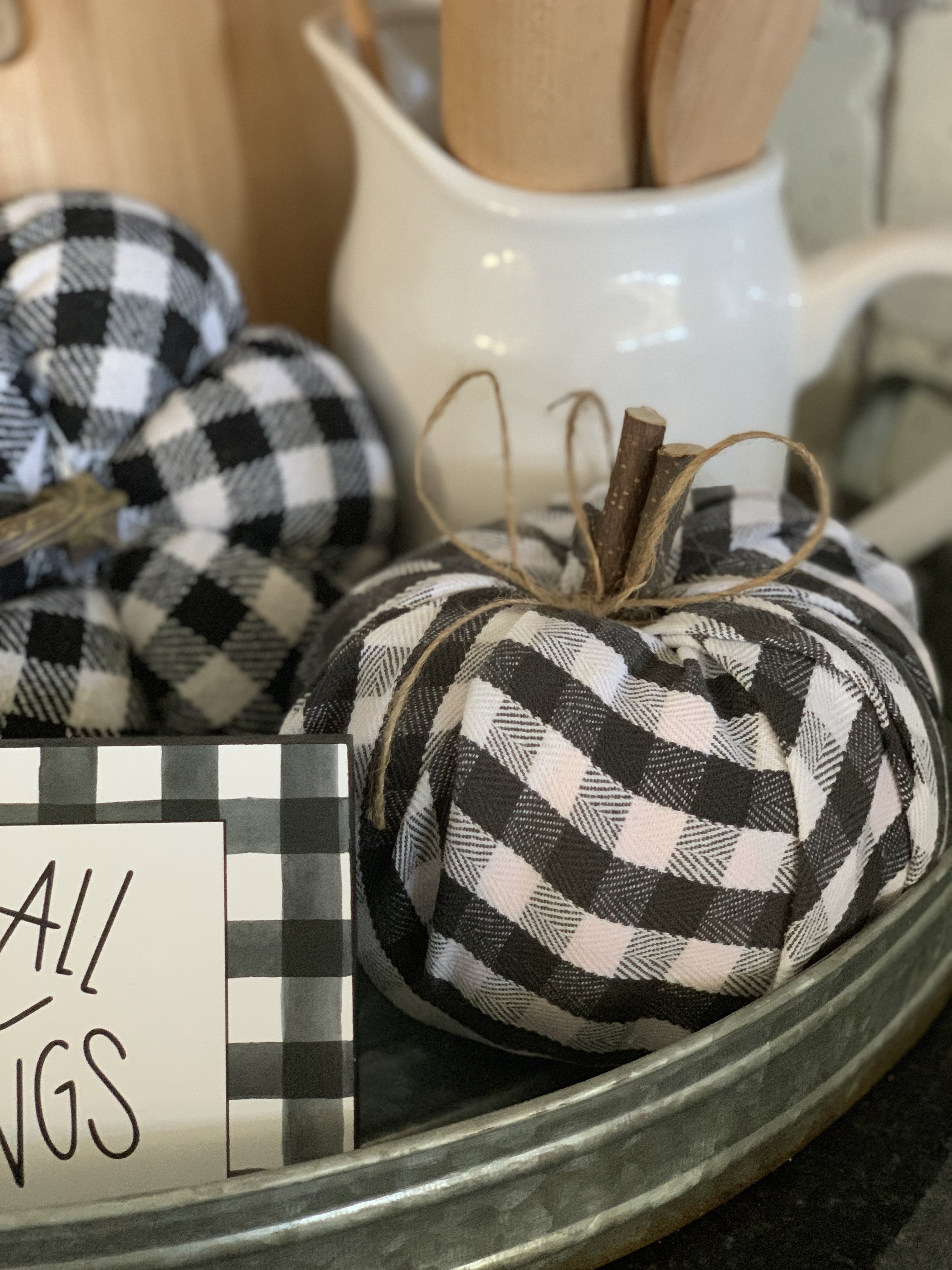 5 Fall craft ideas using buffalo check