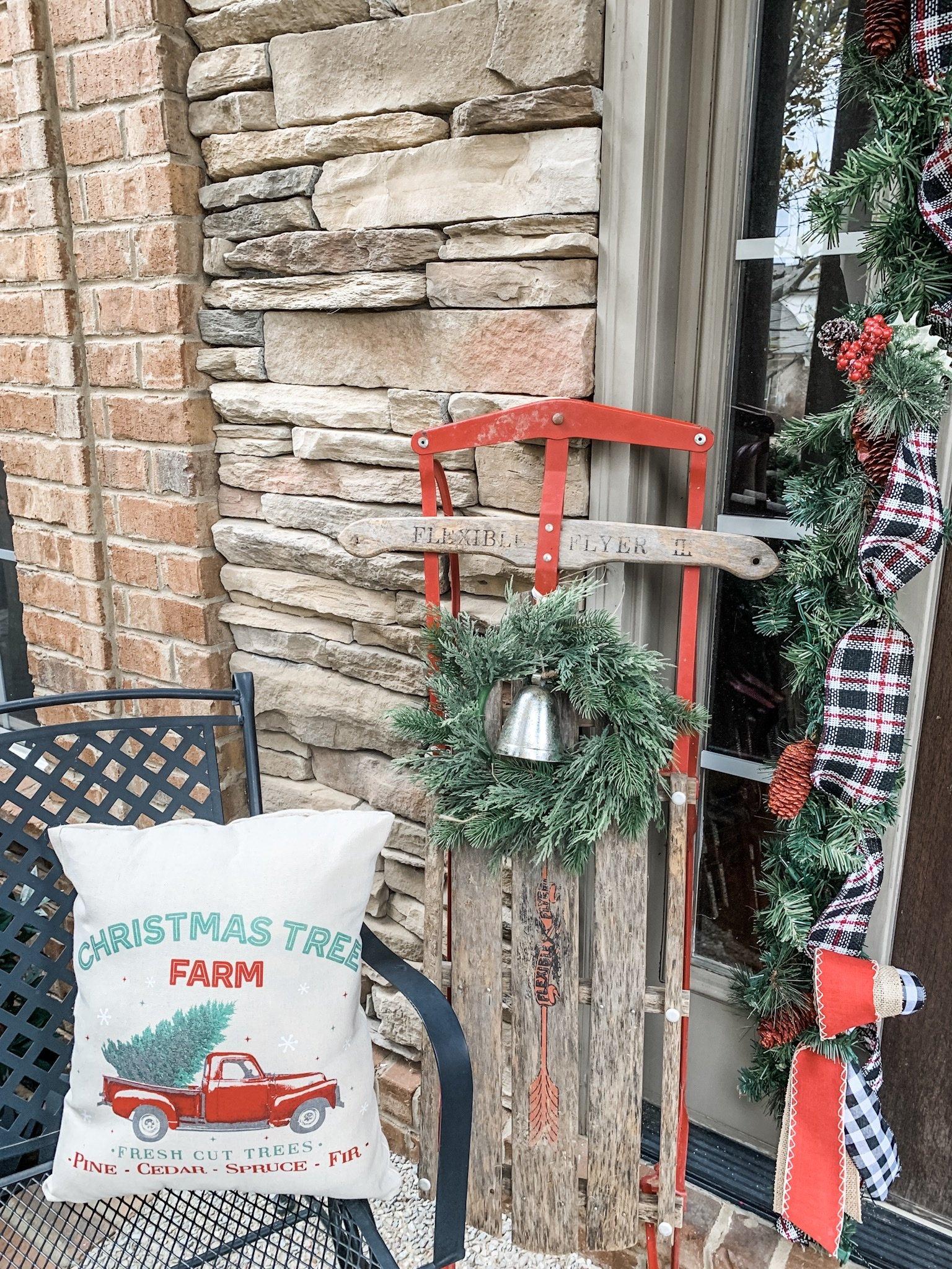 DIY no sew pillow for Christmas!