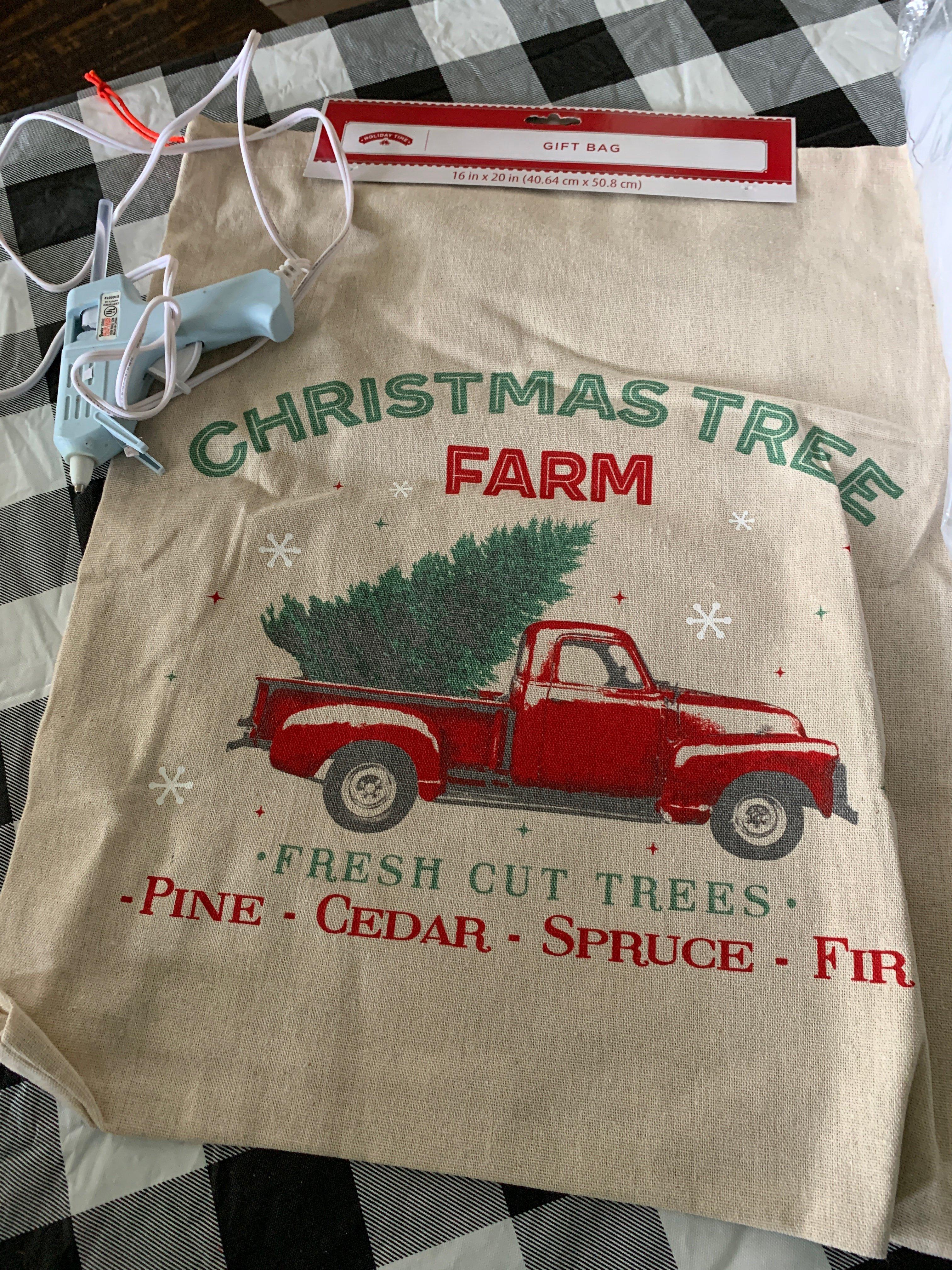 DIY no sew Christmas pillows!