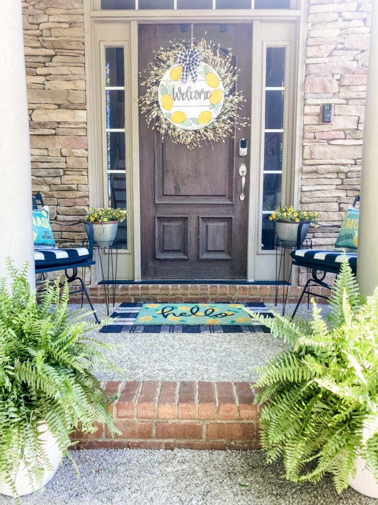 Front porch decor using lemons and buffalo check