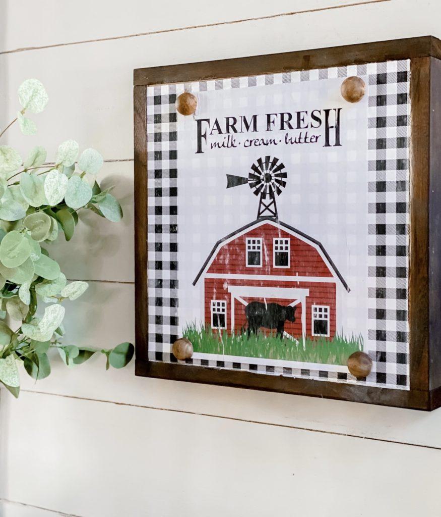 DIY Farmhouse Barn Sign