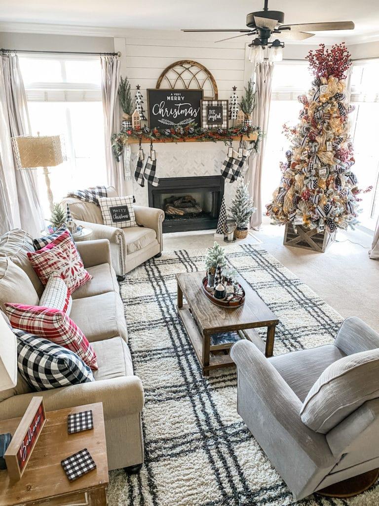 Christmas living room ideas and inspiration