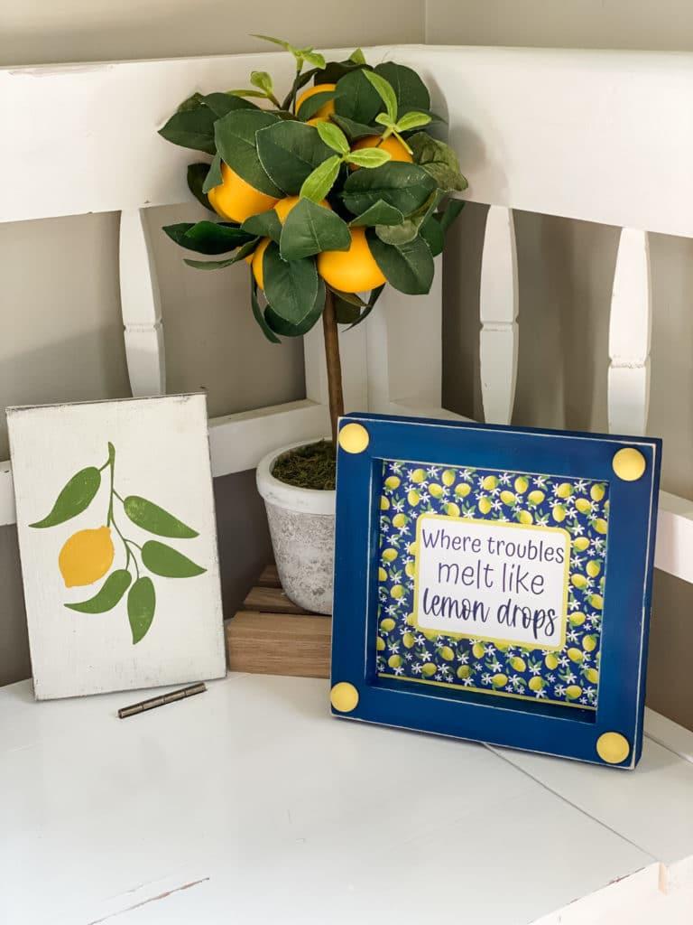 lemon sign